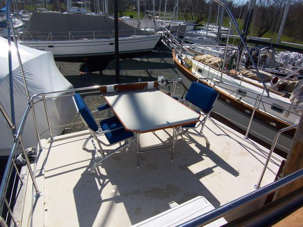 Afterdeck Table and Chairs
