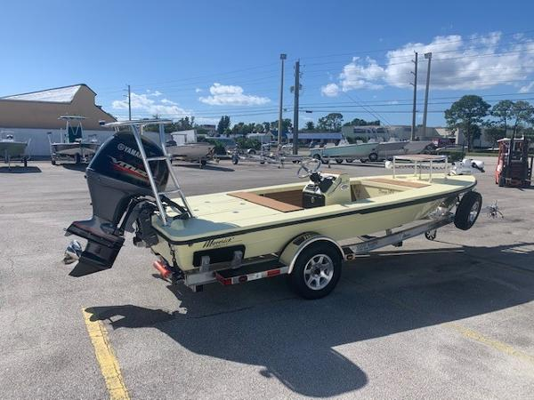 Maverick Boat Co. 18 HPX-V