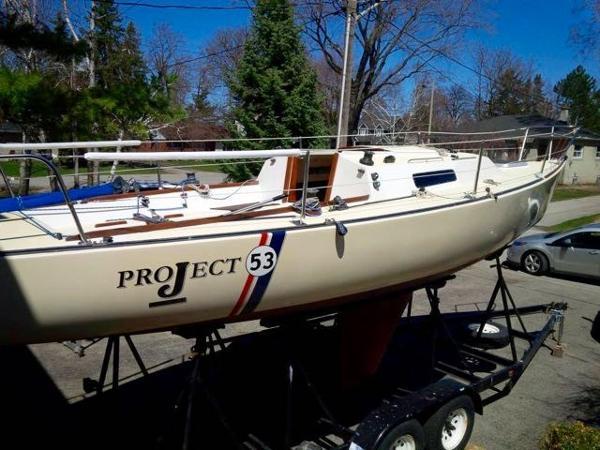 J Boats 27