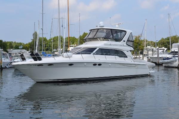 Sea Ray 480 Sedan Bridge Port Side