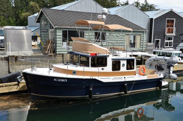 Ranger Tugs R31 CB