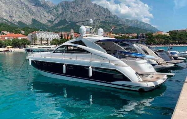 Fairline Targa 47 esterna ok