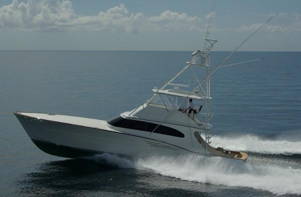 Garlington Custom Sportfish Convertible Profile sistership 61