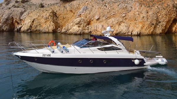 Cranchi Mediterranee 43 Motor Yacht Cranchi Mediterranee 43 Profile