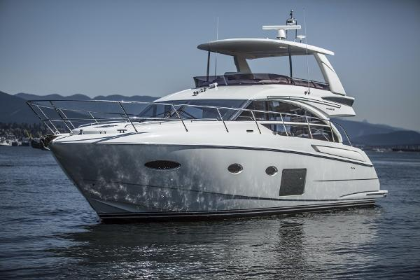 Princess 52 Flybridge port 2