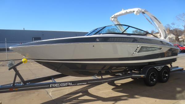 Regal 2500 RX