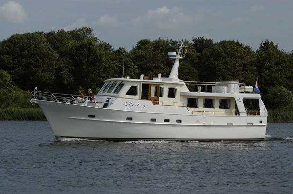 Vripack Trawler 55