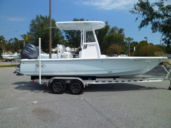 Sea Hunt BX 22 BR STARBOARD ON TRAILER