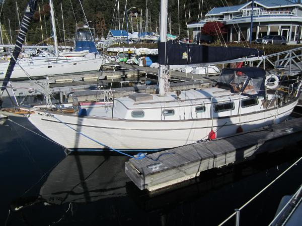 Roughwater 33 Sloop
