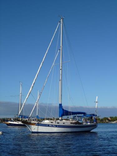 Bayfield 36 Blue Bay at anchor