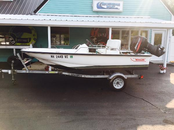 Boston Whaler 130 Sport