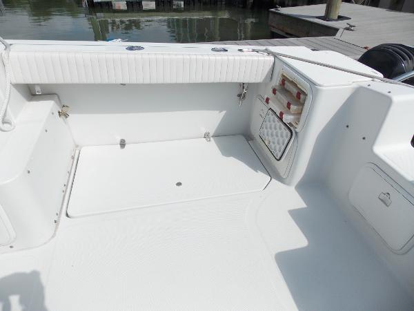 2006 Glacier Bay 2270 Isle Runner, stbd side coaming pad