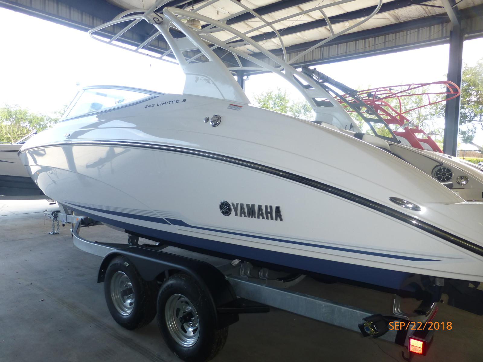 Yamaha 242 Limited S E-Series