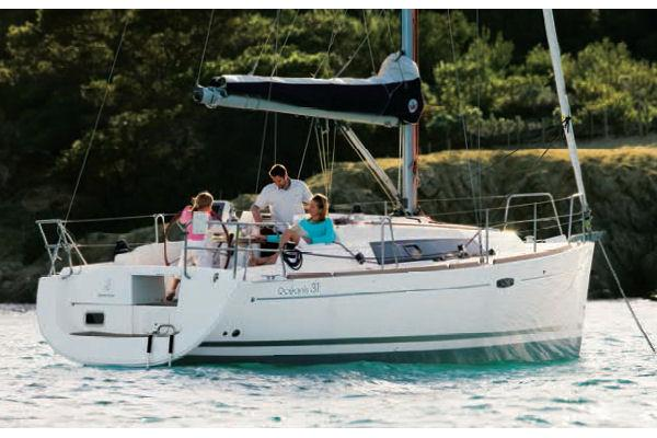Beneteau Oceanis 31 Manufacturer Provided Image