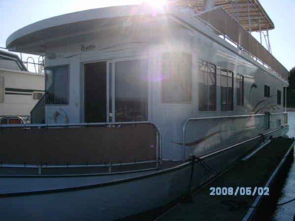 Starlite 15 X 67 Houseboat