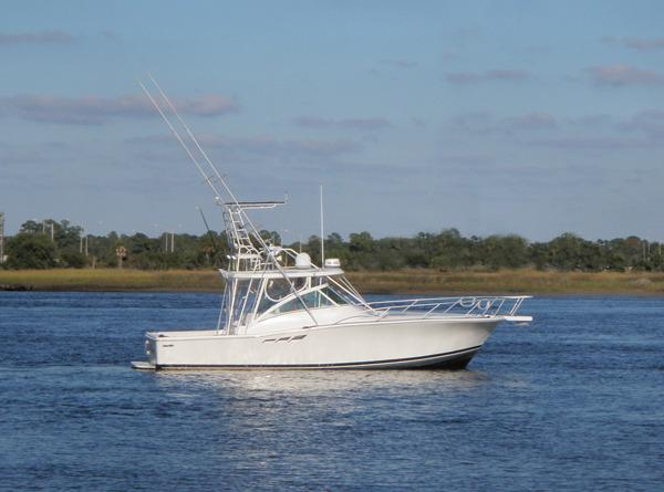 Luhrs 36 Express Profile