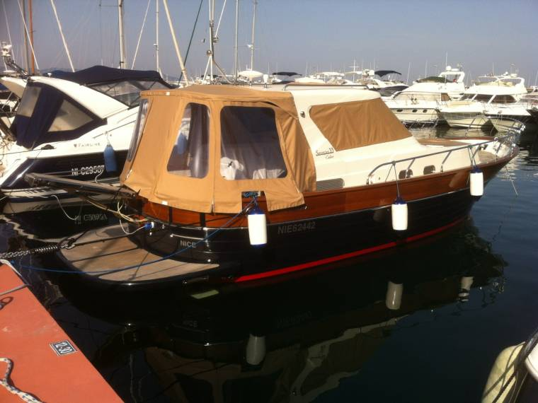 CANTIERI NAVALI DI DONNA Cantieri navali Di Donna Serapo 33 Cabine