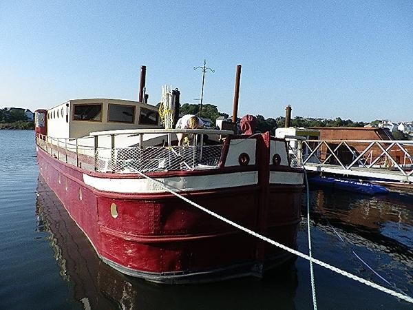 Humber Sheffield 60 Houseboat