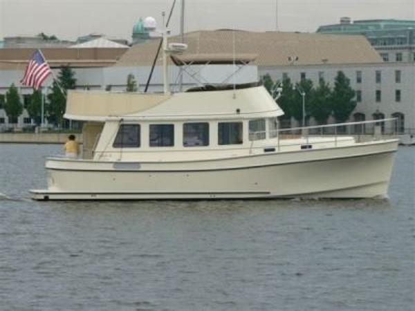 Camano 41 Trawler Profile