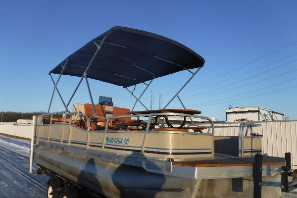 Forester 20 Classic Pontoon