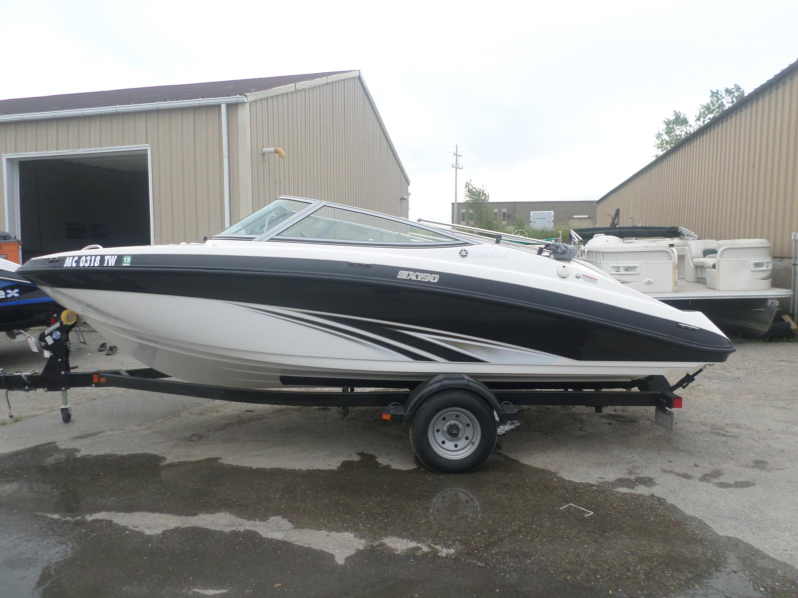 Used jet boats for sale in michigan for Used yamaha sx190