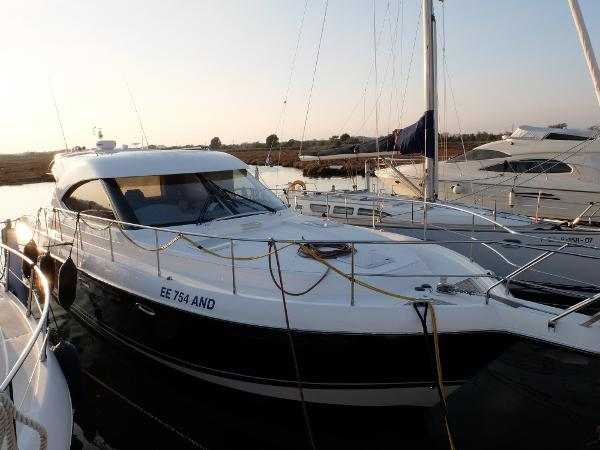 Riviera 4700 Sport Yacht Riviera 47 SY