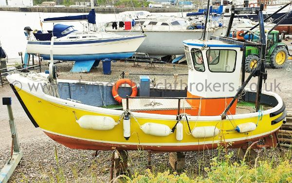 Island Plastics IP24 IP 24 Workboat