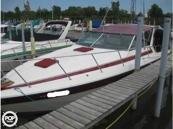 Chris-Craft Commander 332 1986 Chris-Craft Commander 332 Express for sale in Chesterfield, MI