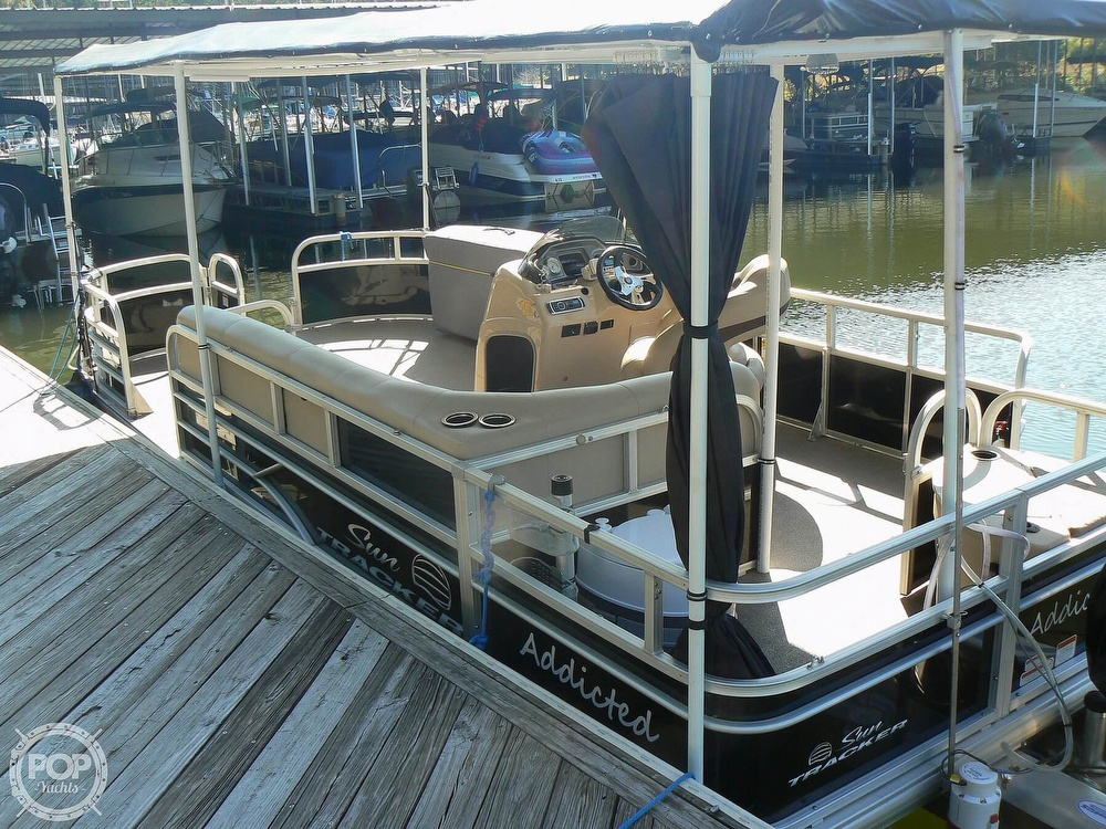 Tracker 20 Fishing/Camping 211 2017 Tracker 20 Fishin Barge 211 for sale in Chattanooga, TN