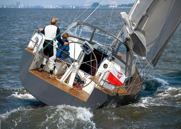 EX Demo Flabria Yacht 33 Flabria 33 - Underway
