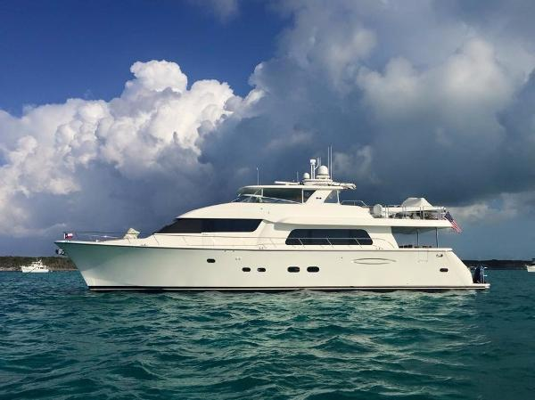 Pacific Mariner (Westport) 85 Motor Yacht Profile