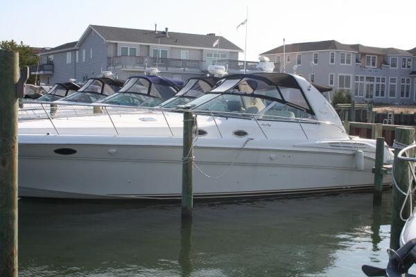 Sea Ray 400 Sundancer Port profile
