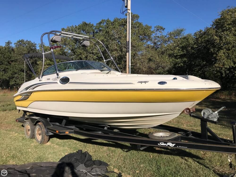 Sea Ray 240 Sundeck 2003 Sea Ray 240 Sundeck for sale in Blanchard, OK