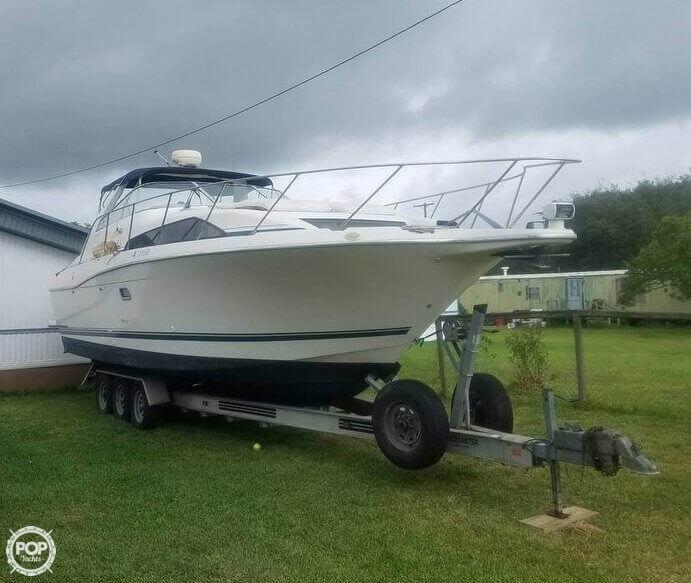 Avanti Marine Inc 3255 1998 Avanti 3255 for sale in Rockport, TX