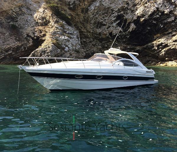 Pershing 37 Cabin Pershing 37  (57) - Sestante Yachts Brokerage Company
