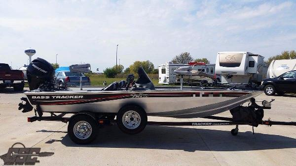 Bass Tracker PRO TEAM 170 TX