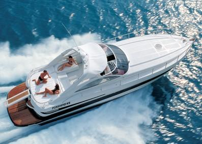 Pershing Sea Ray Azimut  45 Limited Running Shot