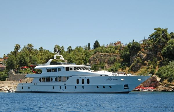 Miss Tor Yacht Custom 135