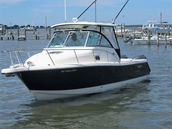 Pursuit 285 Offshore