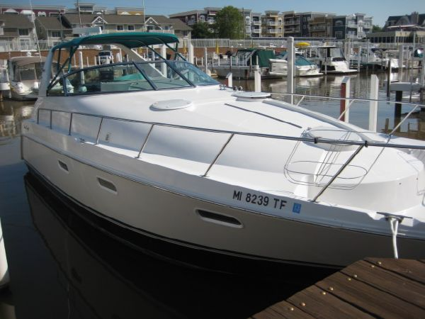 Chris-Craft 380 Continental