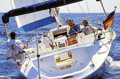 Manufacturer Provided Image: Bavaria 44 Aft View