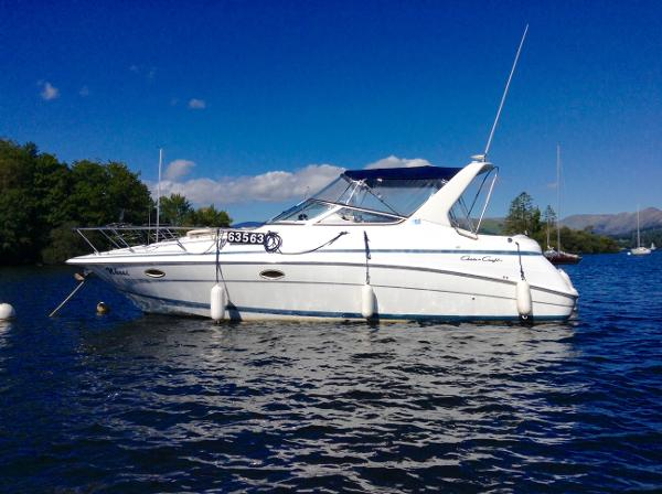 Chris-Craft 320 320 Express Cruiser