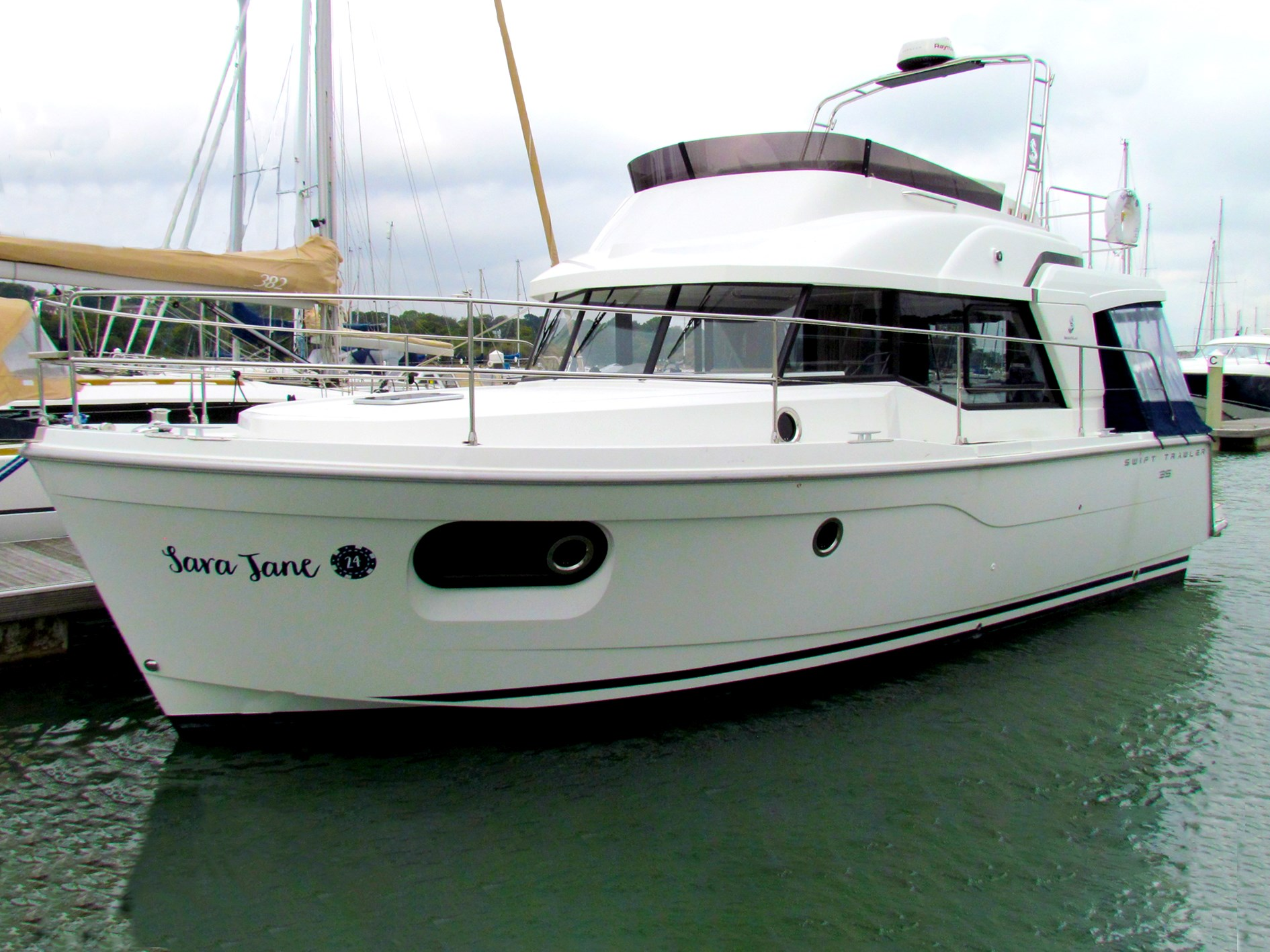 Beneteau Swift Trawler 35 Beneteau Swift Trawler 35