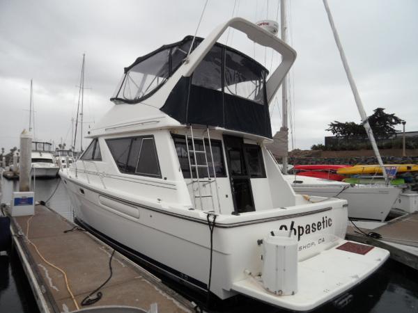 Bayliner 3988 Sedan