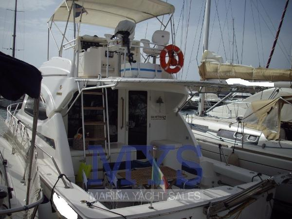 Bertram Yacht 390 Convertible bertram 390 (2)