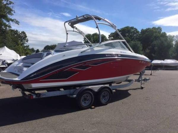 Yamaha Boats AR240 High Output