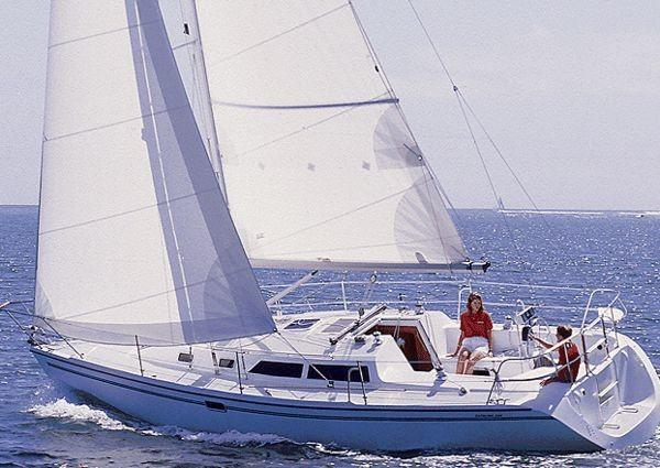 Catalina 320 Sistership