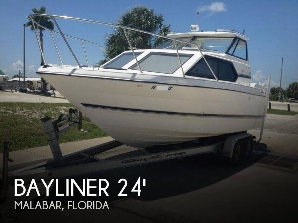 Bayliner 2452 Ciera Express 1999 Bayliner 2452 Ciera Express for sale in Malabar, FL