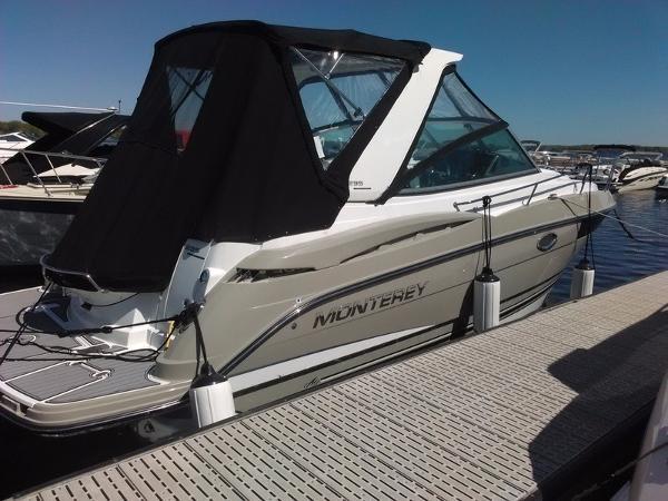 Monterey 295SY Sport Yacht