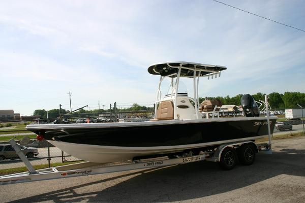 Sea Pro 248 Bay DLX